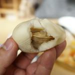 久米食堂 - 具材を湯葉で包んだ珍しいタイプ。