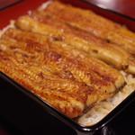 横浜野田岩 - 料理写真:浜浜名湖産天然モノ蒲焼き重