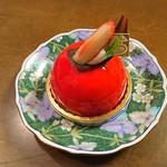 ミリオン洋菓子店 - スピネル390円