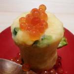 ぬる燗佐藤 横濱茶寮 - ポテトサラダのイクラがけ