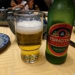 老記海鮮粥麺菜館 - 青島ビール