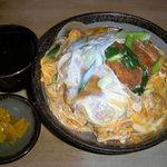 力餅食堂 - カツ丼 780円