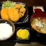 蒲田物語 - 鶏唐コロッケ定食 500円
