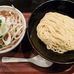 つけ麺屋しずく - 味噌味玉つけ麺(蔵王地養卵使用):950円/2017年11月