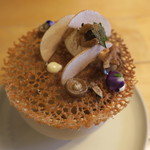 ナイン ストーリーズ - マッシュルームのスープ 焦がしバターのチュイル コーヒー風味の泡2
