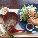 ごはん屋・デ・スースースーン - 料理写真:ミルフィーユかつを(1350円)。