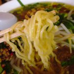 7686424 - 細めのややちぢれがかった麺が台湾ラーメンらしいですね