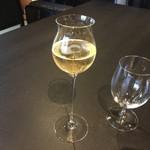 京都幽玄 - シャンパン。グラスも素敵