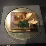 京都幽玄 - 里芋饅頭 熱々の鉄板にのせて