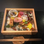 京都幽玄 - 八寸 ガラス越しに季節の移ろい