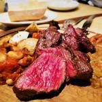 76862378 - お肉❤️スモークグリルコースにプラス料金で、オーストラリア産ハラミのグリルを(*☻-☻*)