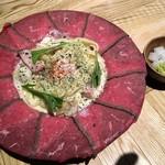 76863094 - ローストビーフ肉ボナーラ