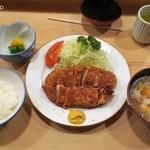とんき - ロースかつ定食1,900円