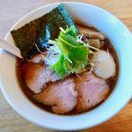 湖麺屋 リールカフェ - 特製醤油ラーメン 1080円