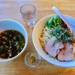 湖麺屋 リールカフェ - 甲州地鶏つけそば 900円