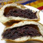 守谷製パン店 - 味わいも当然同様で、柔らかなパン生地と、塩気と甘味のバランスが良いたっぷり粒あんとのコンビネーションは中々のものでした。