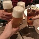 76866961 - 先ずビールで乾杯