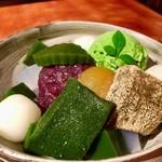 銀座 林屋新兵衛 - 濃ゆい緑色からも分かるように、高級な抹茶がたっぷり使われています^ ^