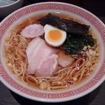 ラーメン 大至 - ラーメン(700円)