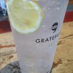 グレイトフルバーガー - 炭酸水