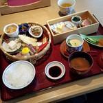 杜若 - ランチ「一汁六菜御膳 (1800円)」