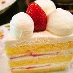 羅布乃瑠沙羅英慕 - 苺のショートケーキ