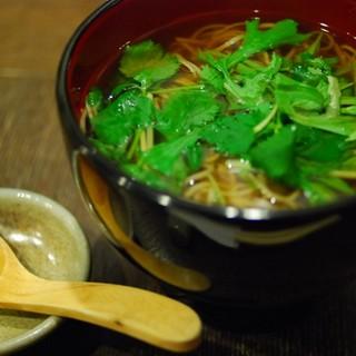 福助 - 料理写真:かけ蕎麦(¥850)