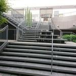 膳 - テラス階段