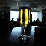 オーシャン カシータ - 生ビール(864円)