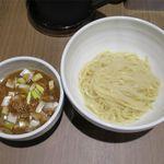 らーめん つけ麺 ノフジ - 魚介醤油つけ麺のアップ