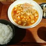 中華食堂 月ノ光 - 麻婆豆腐800円
