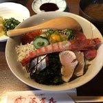海老丸 - 本日の海鮮丼 1980円。