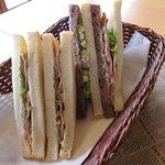 ぱにーに - 鳥取パニーニ人気のサンドイッチ