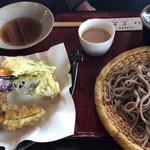 三久 - 田舎蕎麦天ぷら付\1540(17-11)