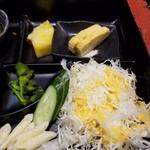 76891987 - サラダ、玉子焼き