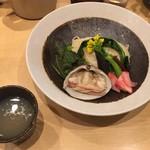 潮 くろ喜 - 季節の野菜と貝のつけそば「北海道産 北寄貝(ほっきがい)」1800円