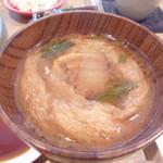 カフェ三三五五 - 久米島味噌を使ったお味噌汁
