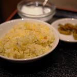 蜀食成都 - ランチセット3種(チャーハン、漬物、杏仁豆腐)