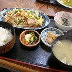 美食厨房まるよし - 110429 野菜炒め定食