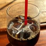 ラ・カスエラ・ロハ - セットのアイスコーヒー