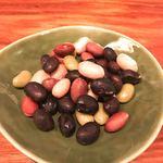 厨房酒場 カモメセラー - 煮豆は俺のパスポート