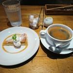カフェ六月園 - (2017年11月 訪問)自家製デザートはプラス300円で付けられます。