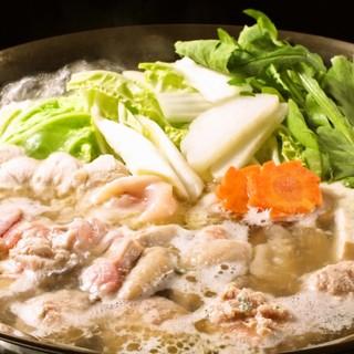 こだわりの「水炊き」や「もつ鍋」