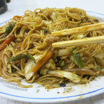 温州軒食堂 - チキンライスの焼きそば版