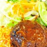 レストラン 中台 - 幻の飯村牛のハンバーグ デミグラスソース¥900-