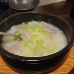 牛家 - コムタンスープ