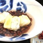御福餅 本家 - 料理写真:透き通る「揚げ餅ぜんざい」
