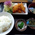 定食屋 大盛亭 - ワンコインランチ(白身魚フライ) 1