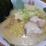 ラーメン茶湖 - とんこつ風塩ラーメン(680円)