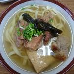 新山食堂 - 新山ソーキそば700円